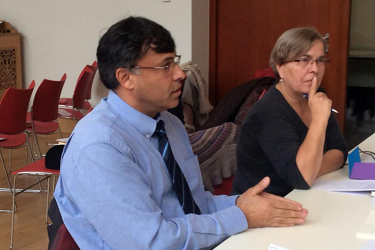 Mr Ivan Ivanov (left), European Roma Information Office, and CCME General Secretary Ms Doris Peschke. Photo: Ilkka Sipiläinen