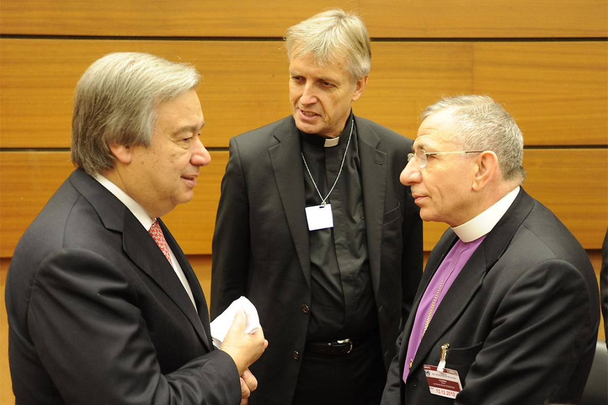 LWF President Bishop Younan and General Secretary Junge expressed deep appreciation for the previous leadership of Antonio Guterres, left, as High Commissioner for Refugees. Photo: LWF
