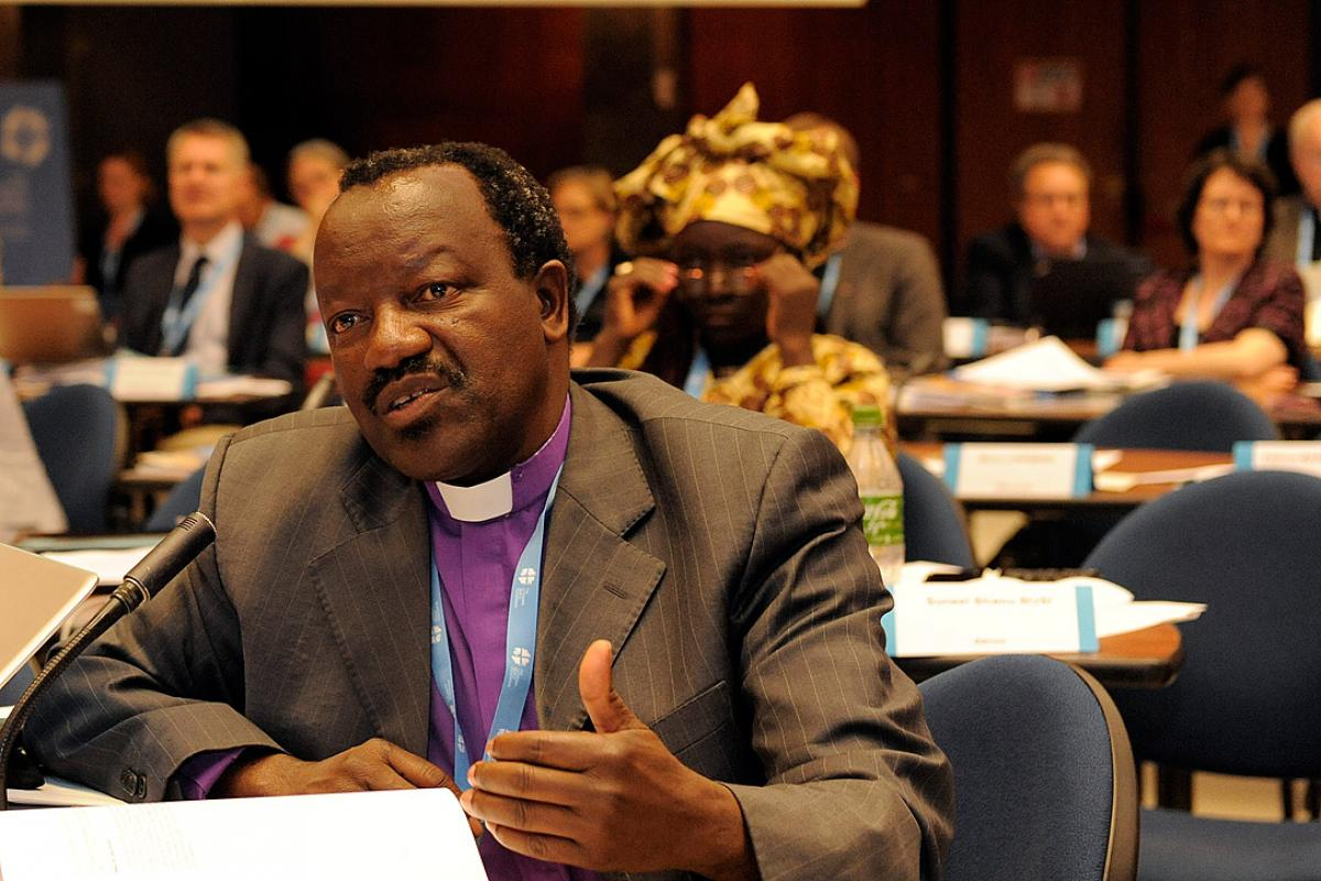 Delivering LWF greetings to the Vatican's Synod of Bishops, South African Bishop emeritus Dr Ndanganeni Petrus Phaswana reminded churches of their calling to nurture communities where family relationships can be healed and strengthened. File photo: LWF/Helen Putsman