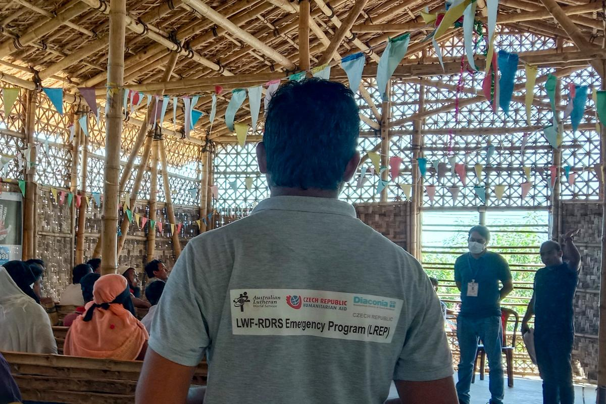Before starting any new activities for Rohingya refugees, RDRS Bangladesh staff carry out a comprehensive needs assessment with the local community to make sure that vulnerable people can access the support and services they need. All photos: RDRS Bangladesh/B. Wadud