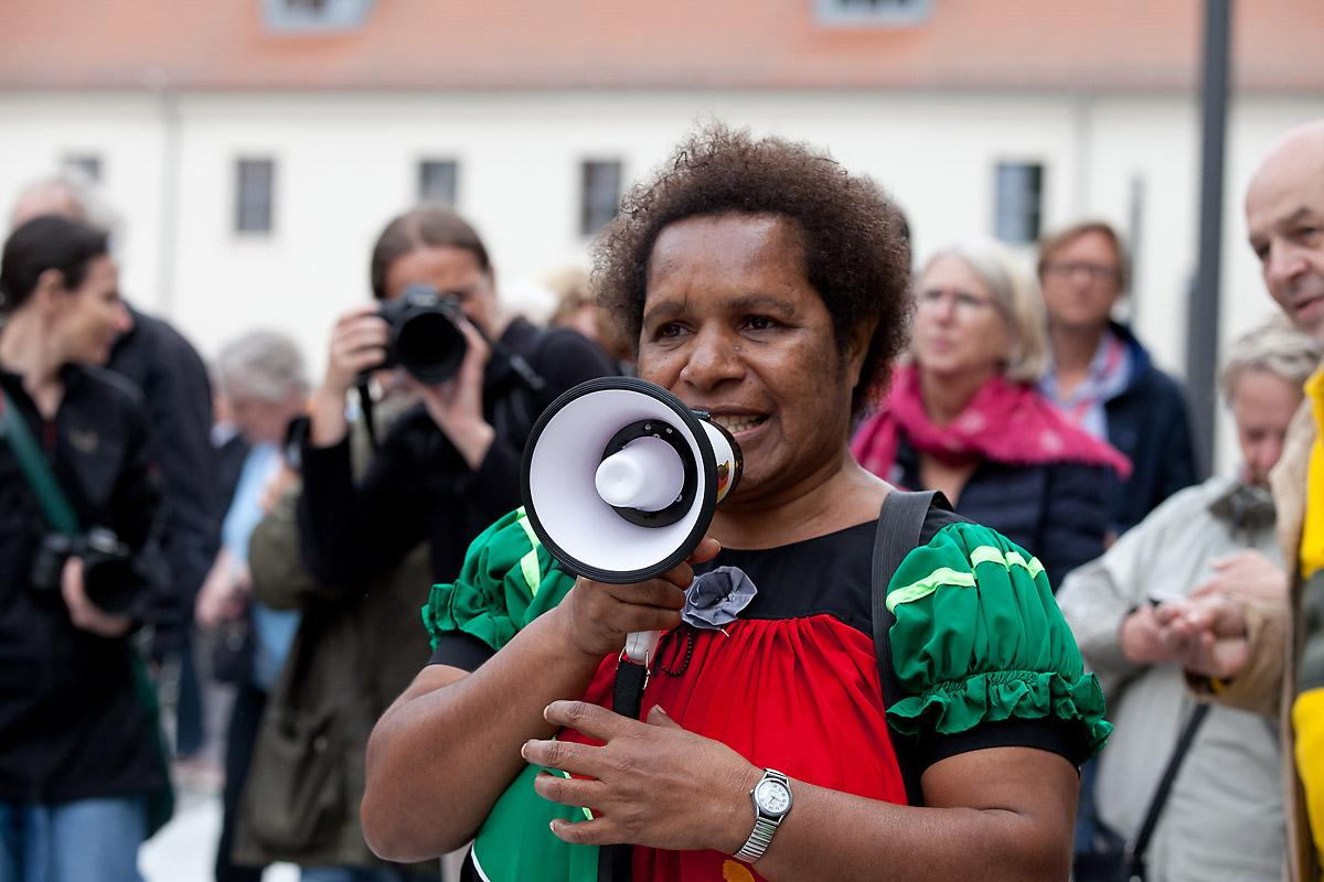 Cathy Mui of the Evangelical Lutheran Church of Papua New Guinea appealed to the gathering not to stop fighting for the full participation of women in the ordained ministry.