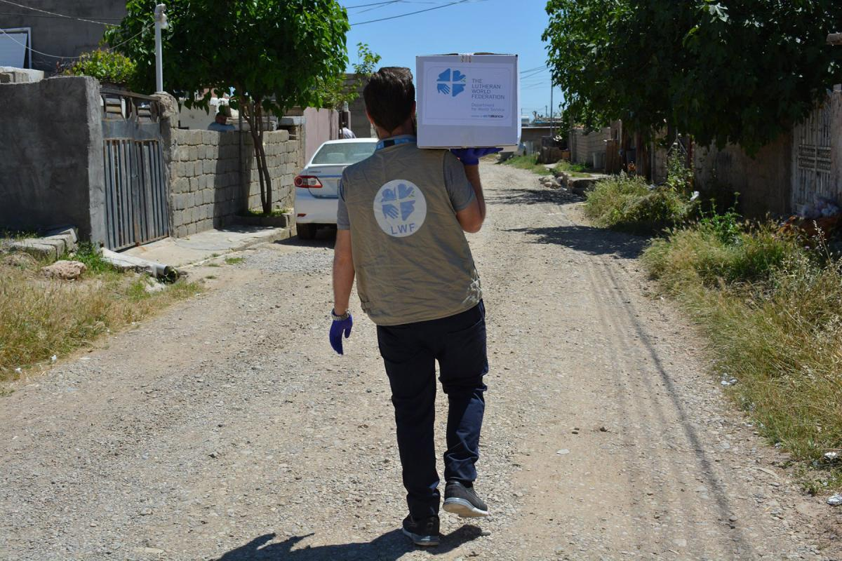 The LWF team in Northern Iraq distributed food aid to vulnerable families in Summel District in Dohuk Governorate. To respond to #COVID19, the government has issued movement restrictions and other measures which impact on the livelihood of many families. Photo: LWF Iraq