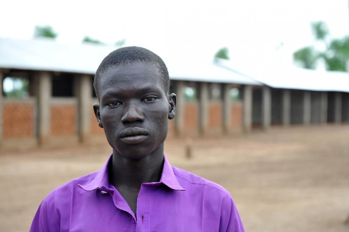A fast-track education scheme run by the LWF allows Abdulai al Riziq to continue his education. Photo: C.Kästner