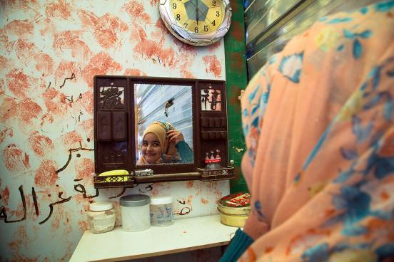 war photographer essay Lauren starling reflection 11 april 2011 war photographer after watching christian frei's academy award winning documentary on james nachtwey in war photographer.
